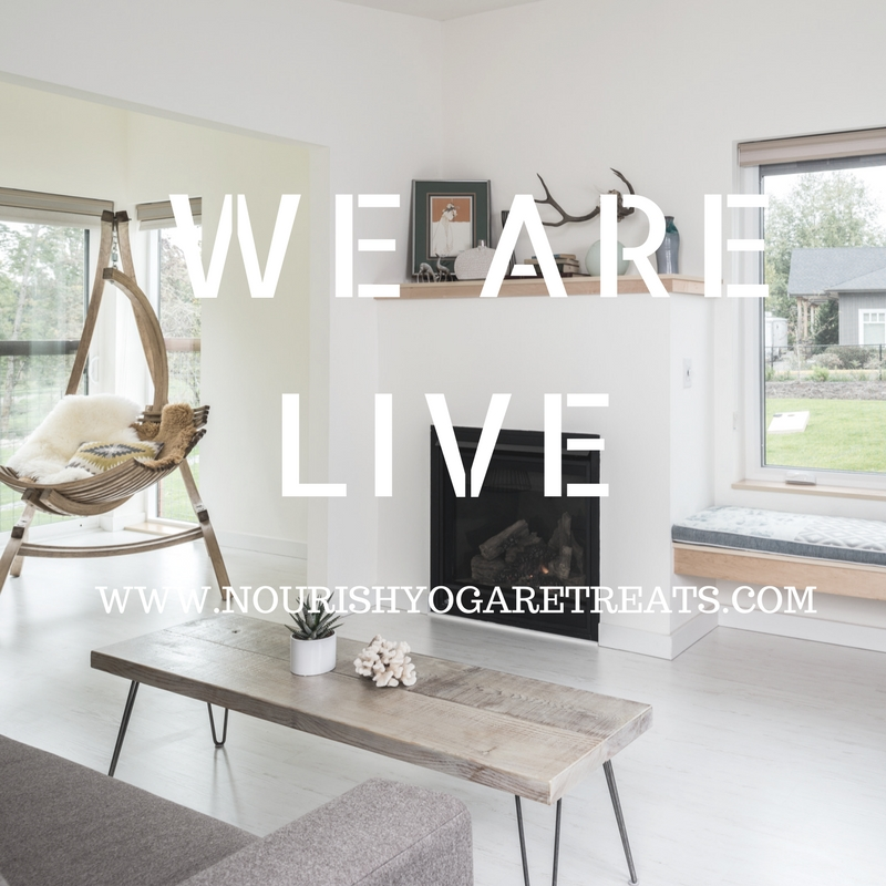 social media WE ARE LIVE IMAGE